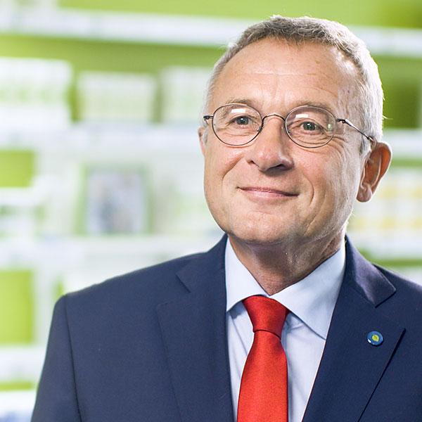 Dr. Uwe Baumann