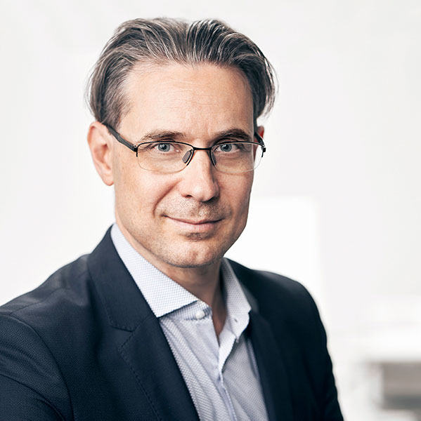 Dr. Eduardo Marx